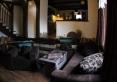 Salon z kominkiem... także dodatkowe miejsce do spania... podwójna sofa rozkładana