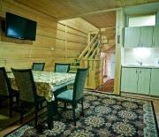 wnętrze domku regionalnego w Zakopanem